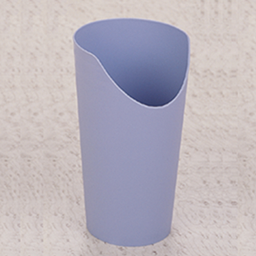 Nose_Cutout_Cup_5113fbbe953f5.jpg